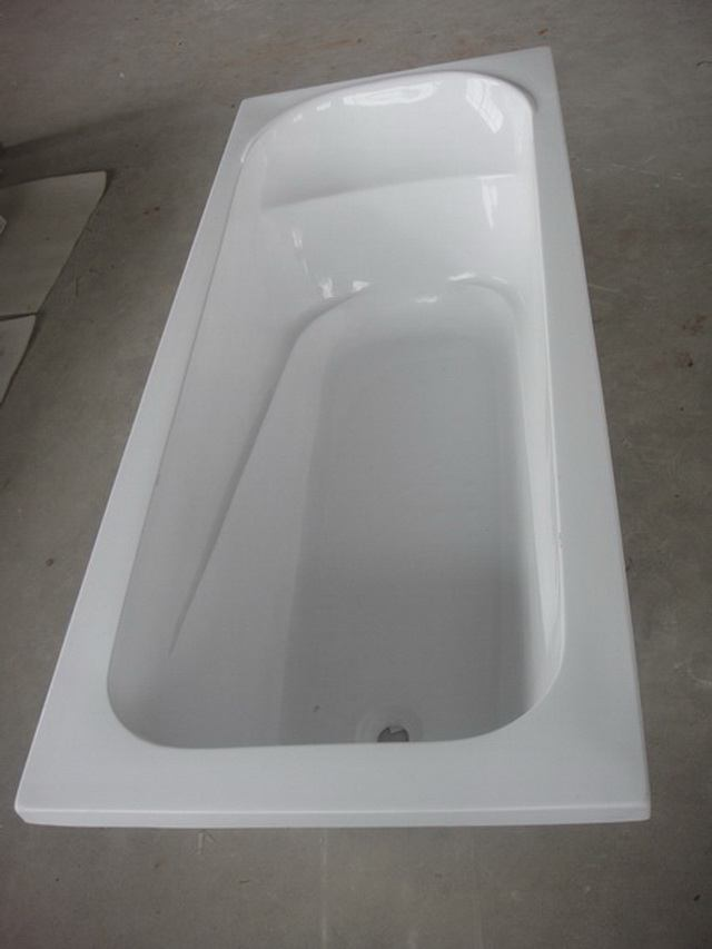 Freestanding Bathtub Modern